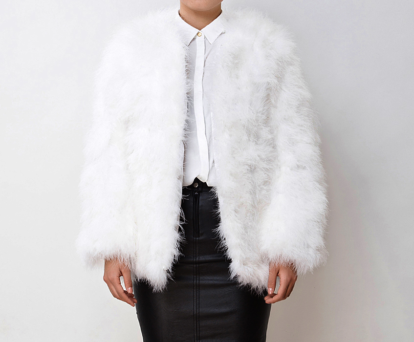 Find the latest and trendy styles of fluffy coats at ZAFUL. We are pleased you with the latest trends in high fashion fluffy coats.