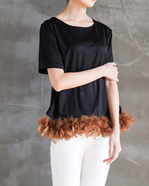 Silky Top With Feather Front Side