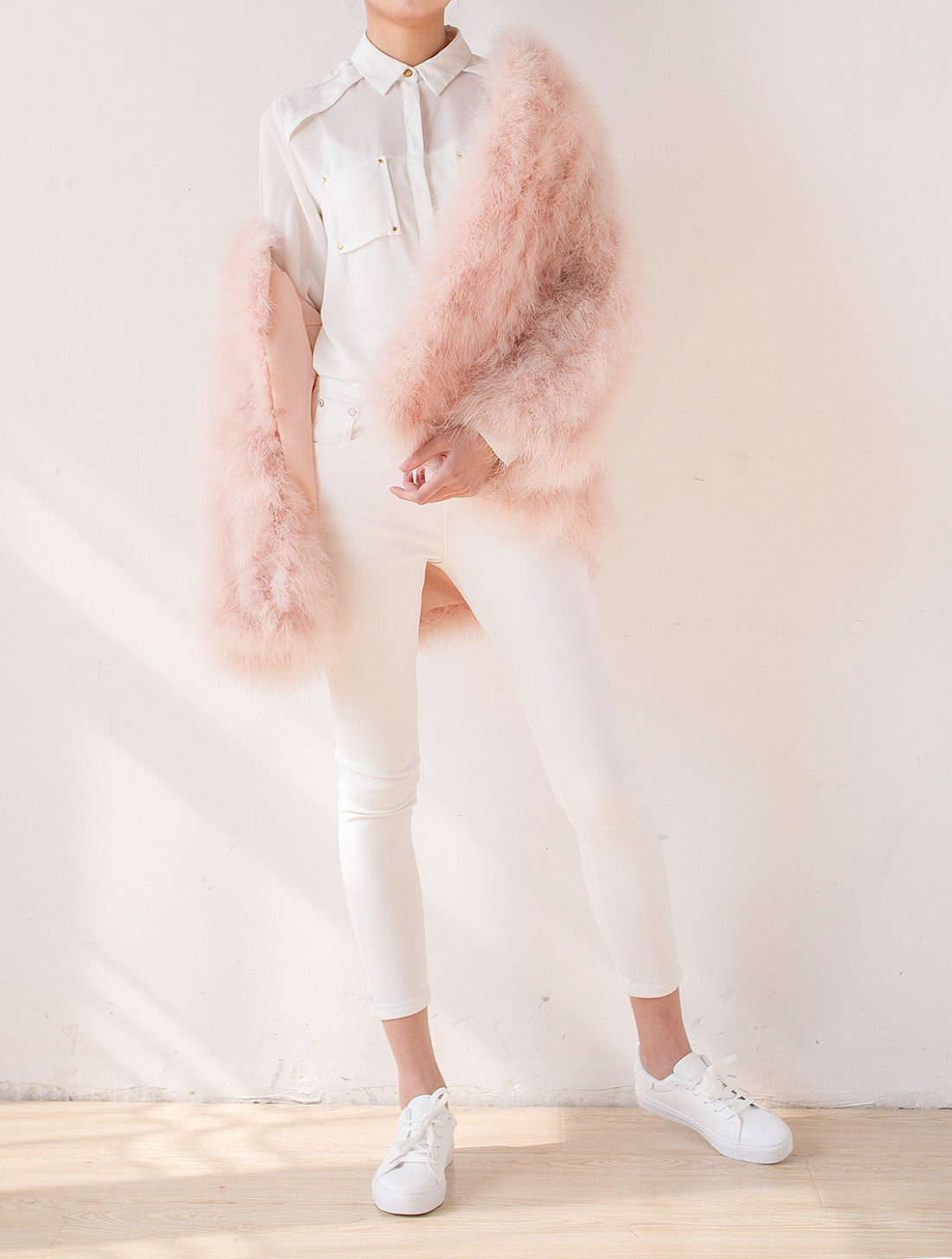 Fluffy Fur Fever Jacket Long Version Soft Pink Pose 2